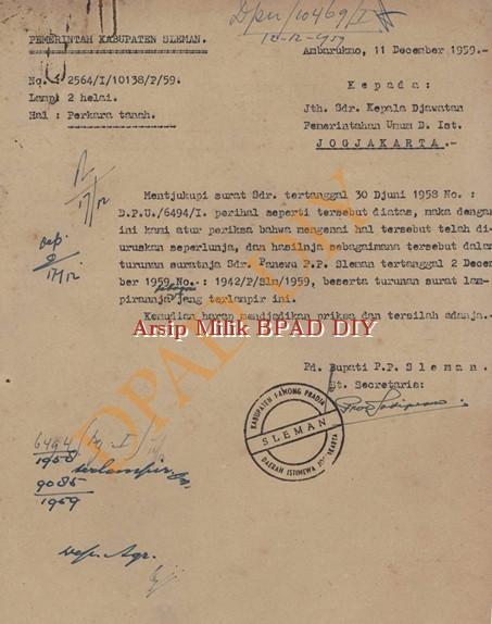 Surat Pemerintah Kabupaten Sleman kepada kepala Djawatan pemerintah umum D.IST No.2564/I/10138/P/59,tanggal 11 Desember 1959 tentang perkara jual beli tanah antara Dimjati Desa Balong dan Hardjomuljono Desa Karang Sama Kelurahan Trimurjo