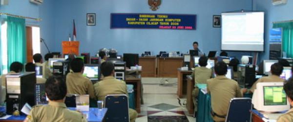 60 Sekretaris Desa/Kelurahan Mengikuti Program Arsip Masuk Desa