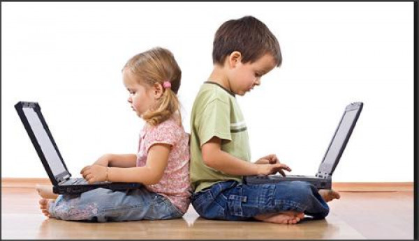 DIGITAL NATIVE USERS GROWT   IN INDONESIAN LIBRARY