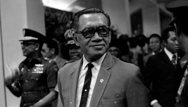 Sri Sultan Hamengku Buwono IX: Pangeran Dalam Republik
