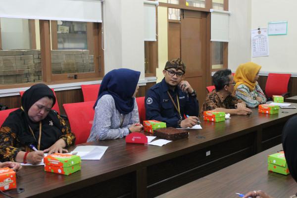 Kunjungan dari Dinas Perpustakaan dan Kearsipan Kota Bandung ke BPAD DIY