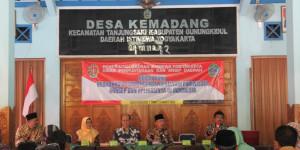 Bedah Buku : Kebijakan Pembangunan Destinasi Pariwisata Konsep dan Aplikasinya di Indonesia di Balai Desa Kemadang, Gunungkidul