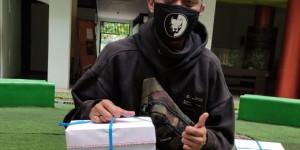 Penyerahan Bahan Pustaka Karya Cetak Dari UPP STIM YKPN